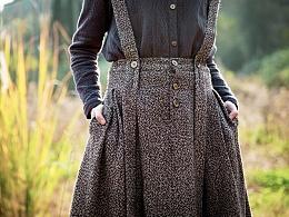 咖色秋冬半身裙,毛呢背带裙长款