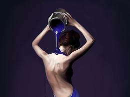 紫与蓝的角落里