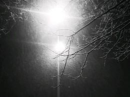 清明时节雪纷纷
