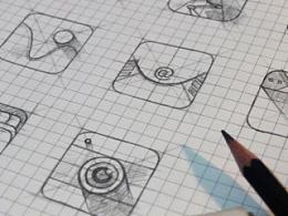 几枚手机icon和手绘稿,附带psd文件