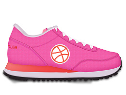 写实运动鞋