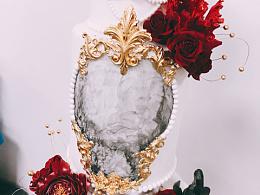 婚礼蛋糕灰白红