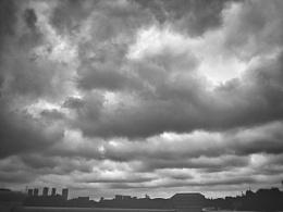 前几天黑云压城的家乡