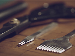 手艺人 / 「一件手做皮具」