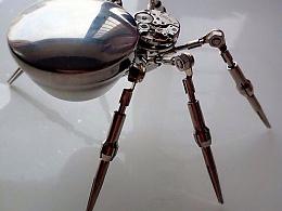 打不死的蜘蛛