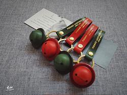 皮侠客pxk-圣诞风情侣皮铃铛钥匙扣 牛皮烫金挂件 手工