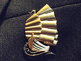 """《开利号》 一枚属于""""老船长""""的胸针"""
