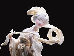 芋头变形记——芋雕作品《织女》