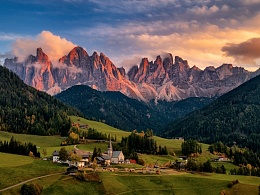 Miss Dolomites