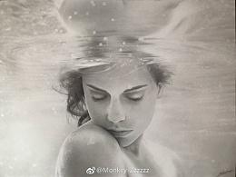 MZ素描作品《水中女》