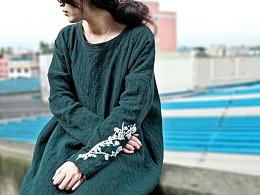 原创设计手工刺绣 民族风复古连衣裙
