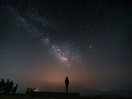 东海羽山上空银河