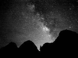 DARK·STAR  黑白星空
