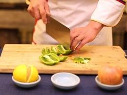 食养频道创意水果  第十八季 青椒苹果汁