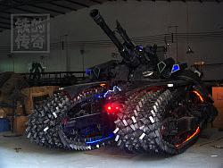 铁的传奇大型钢雕作品变形金刚军团即将降临广州,敬请期待!