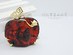 代波军艺术珠宝定制----爷爷的爷爷留下来的蜜蜡?血珀蜜蜡镶嵌设计作品欣赏