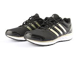 运动鞋产品白底摄影