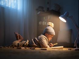 在看书的小侄子