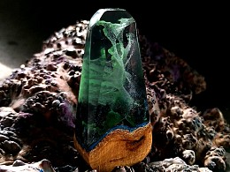 树脂与木头的完美结合《绿幽灵系列挂件(4)》