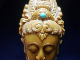 橄榄核雕菩萨