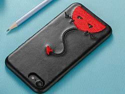 小恶魔刺绣手机壳