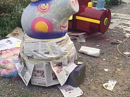 小猪佩奇雕塑设计