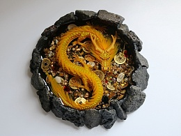 金龙聚宝火山天池 琥珀绘