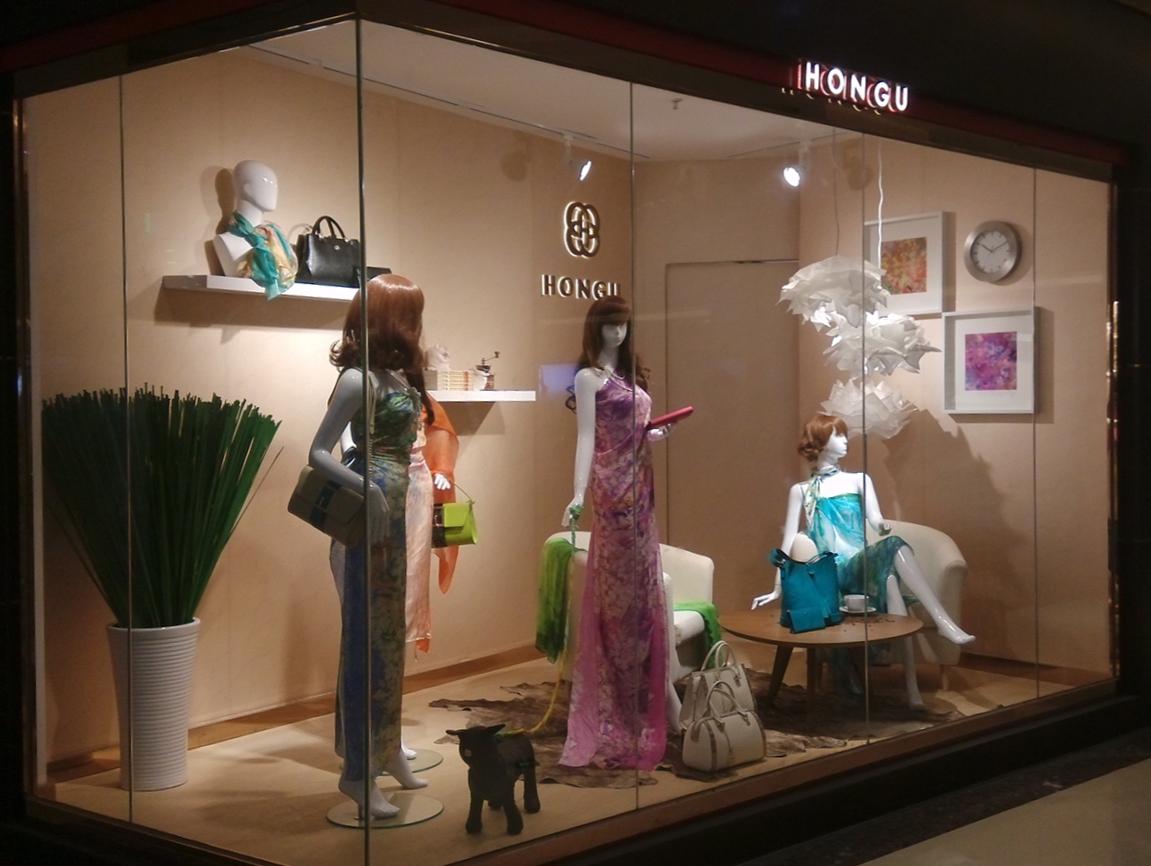 品牌童装橱窗展示设计图片展示