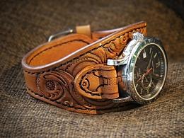 旧成复古的美 / 手工皮雕表带