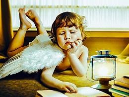 合成《夜里看书的天使》
