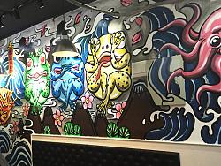 辣里有蛙牛蛙烤鱼店墙绘涂鸦