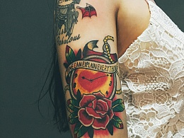 自己设计的纹身才有意义呀