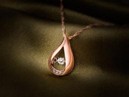 钻石项链吊坠饰品商摄