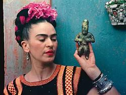 传奇女画家弗里达:18岁车祸、32次手术、3次流产,她的画却全球最贵 by 慕容MA
