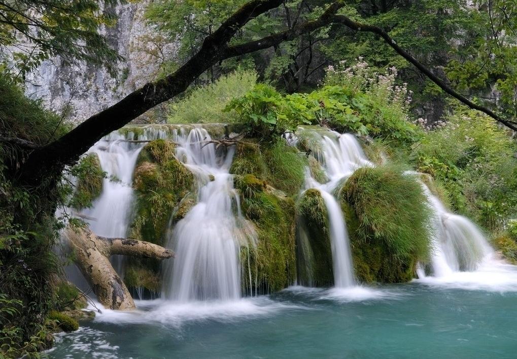 壁纸 风景 旅游 瀑布 山水 桌面 1019_707